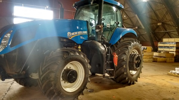 Trator New Holland T8.385